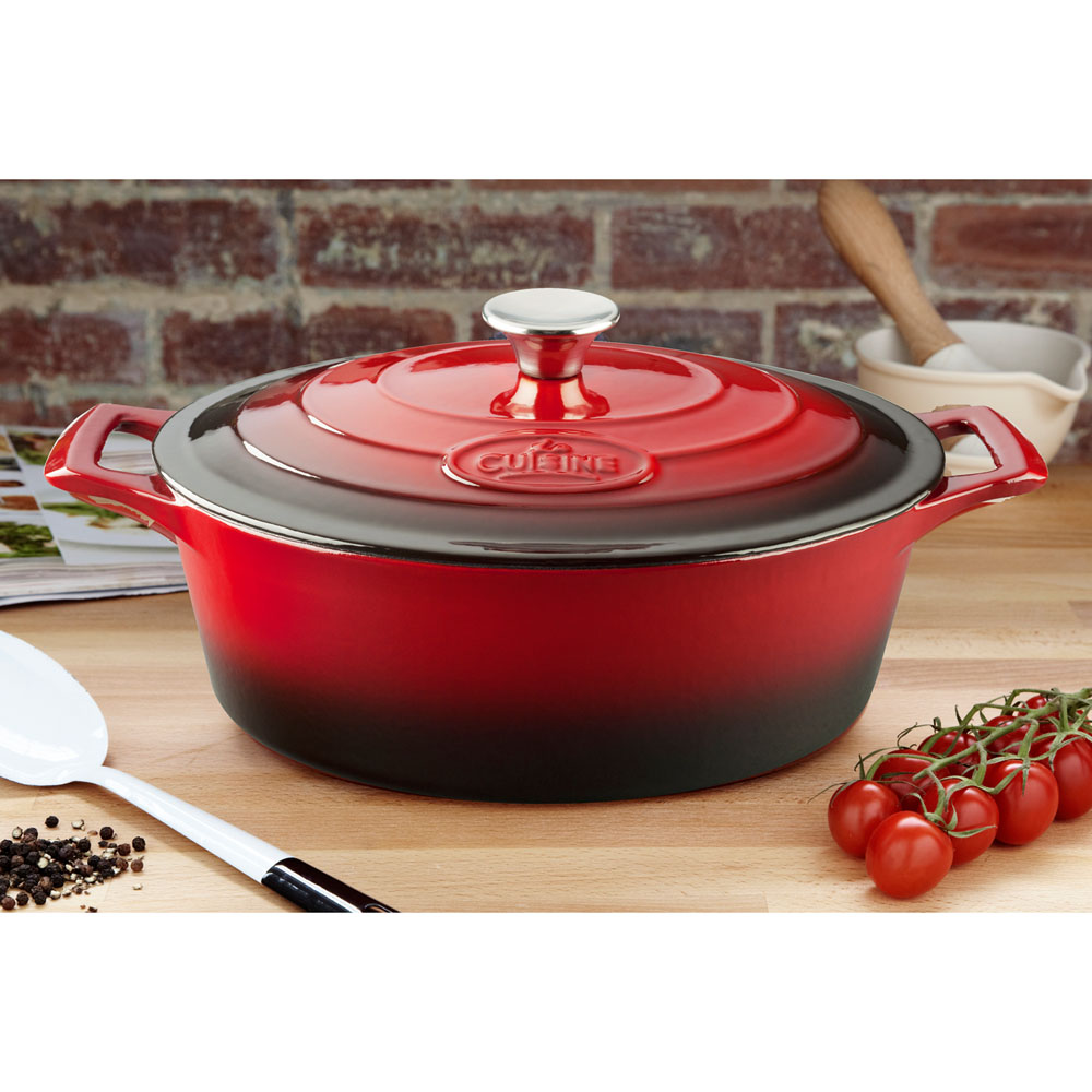 La cuisine pro oval qt cast iron casserole with for Four cuisine pro