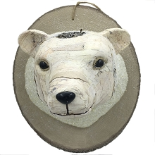 Fraser Hill Farm 18-In. Wall Hanging - Mounted Polar Bear, Festive Indoor Christmas Decoration, FHFPLBR018-WHT1