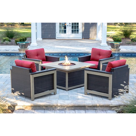 Hanover Montana 5PC Fire Pit Chat Set in Autumn Berry with 40,000 BTU Fire Pit Table - MNT5PCFPST-RED